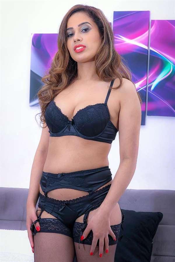 Carmen Leroi