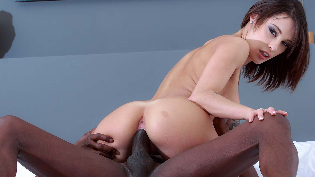 Nikita Bellucci - Black Passion - Thumb